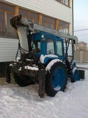 продам универсальный трактор на базе МТЗ 80(кран,  вышка,  грейдер)