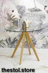 Стильный обеденный стол из древесины дуба и стекла