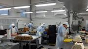 Упаковщики сэндвичей,  блинов на производстве